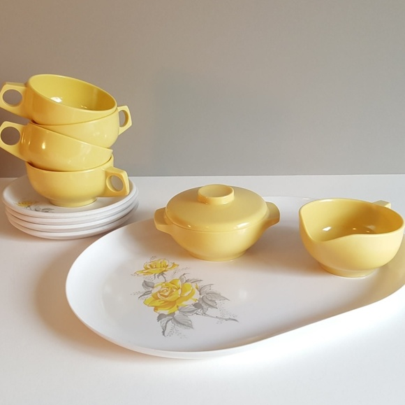 Vintage Other - Vintage Melmac Yellow Rose tea set 🌼